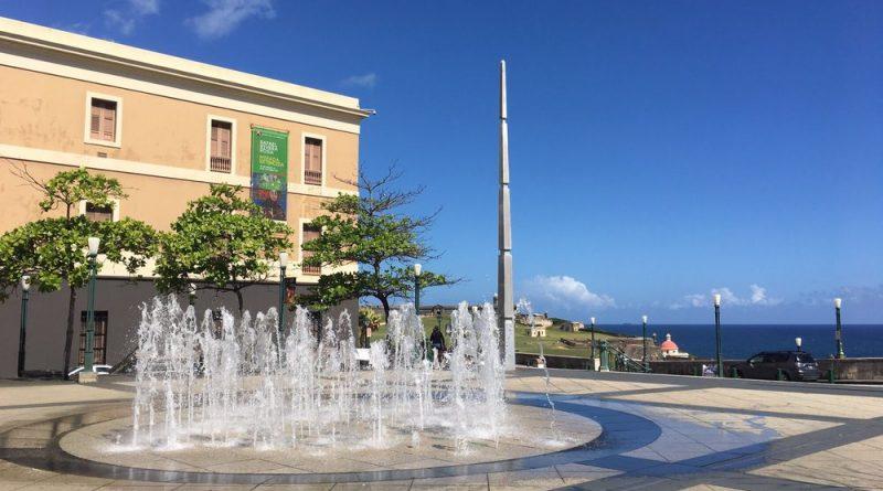 Plaza del V Centenario - Fuente